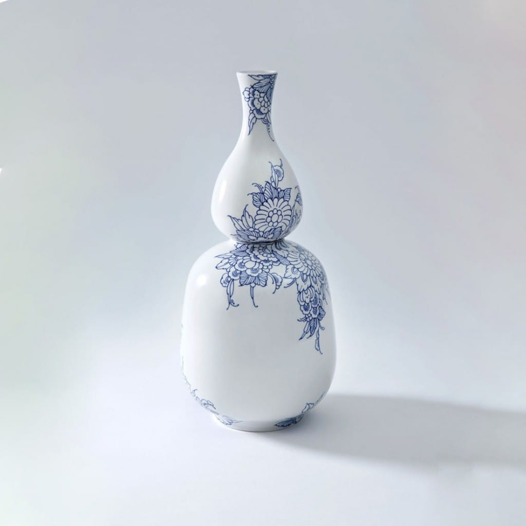 Dutch art vase