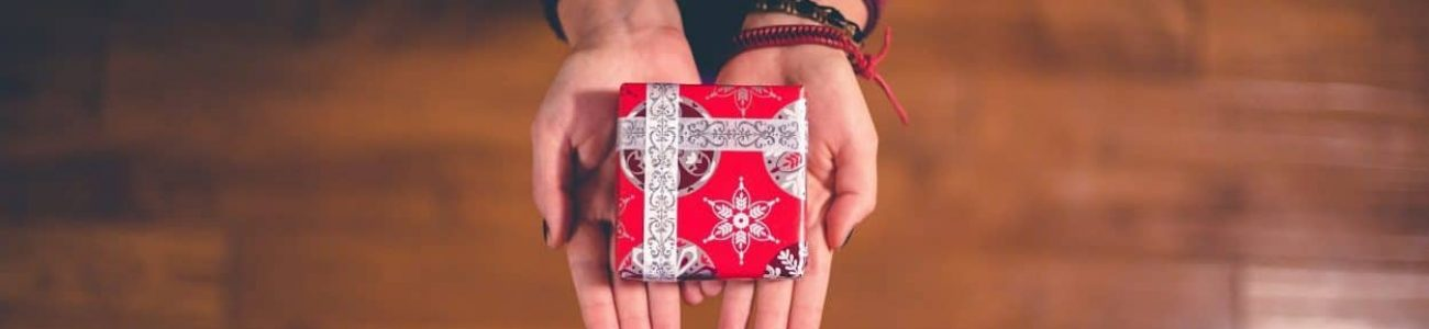 Personal Christmas gift for employee and business relations